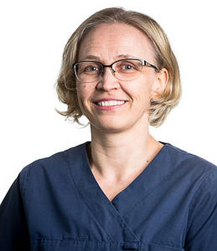Elisa Välimäki näkee työssään paljon diabetesta sairastavia lemmikkejä. (Kuva: Evidensia Eläinlääkäripalvelut Oy)